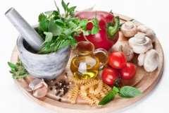 """Вкусные рецепты: Салат с кукурузой, рисом, крабовыми палочками и ананасом, Торт """"Трюфель"""", Салат """"Крабовый"""""""