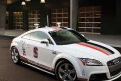 Бенефисом корпорации GM стал в этом году Питерский автосалон